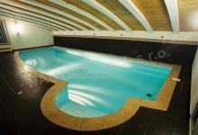 Skimmerový interiérový bazén 9x4 m