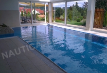 Interiérový bazén s přelivem 9x4 m