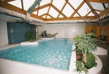 Hotelový bazén s přelivem 10x5 m a whirlpoolem - PRESTIGE, Znojmo