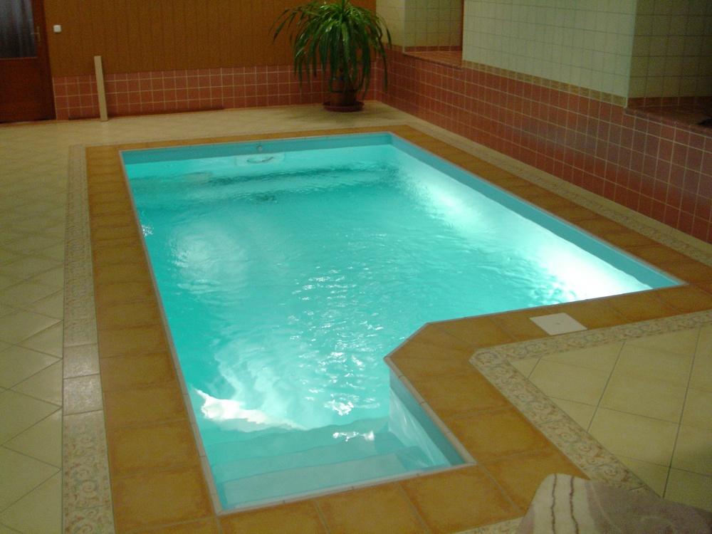 Skimmerový interiérový bazén 5x3 m